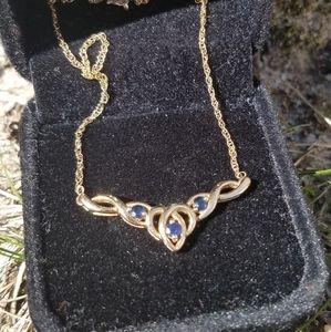 Jewelry - Beautiful 14k Yellow Gold Sapphire Necklace